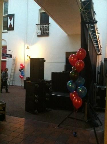 Tafeldecoratie 10ballonnen st. Pieter en Blokland Gasthuis Amersfoort