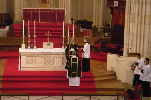 Traditional Latin Mass- Arundel Cathedral by Henry░Law