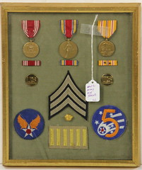 165. Military Medals & Patches