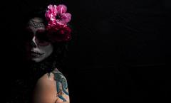 + La Bella Catrina + (RominikaH) Tags: portrait mexicana mexico skull mujer nikon photos retrato zaragoza bella catrina calavera d90 lacatrina rominikah