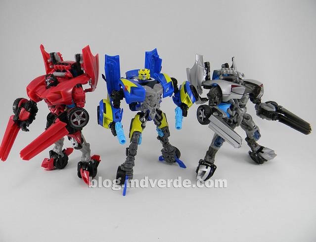 Transformers Sideswipe DotM Deluxe Walmart - modo robot vs RotF vs Swerve