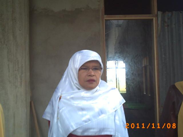 Ms.Dahlianis