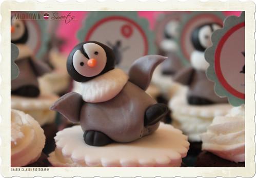 Happy Feet Penguin Cupcakes