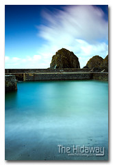 Mullion harbour (Simon Bone Photography) Tags: longexposure sea sky cloud beach cornwall smooth mullioncove cornishcoast mullionharbour canon1740mmlf4 wwwthehidawaycouk cokinpfilters canoneos7d hoyandx400 9stopfilter
