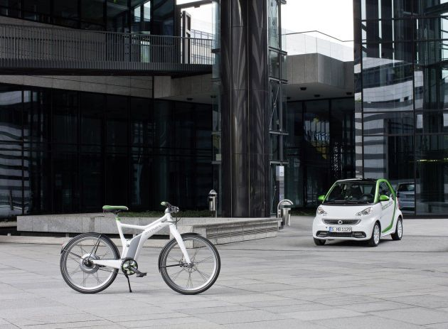 smart fortwo electric drive and smart ebike