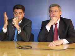 UfMS Secretary General Ahmad Masa'deh and Advisor to the French President Henri Guaino at a press conference during the For'Um in Marseille (ahmadmasadeh) Tags: ahmad masadeh