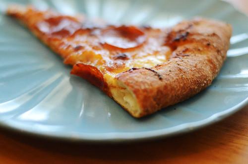 Homemade-Stuffed-Crust-Pizza