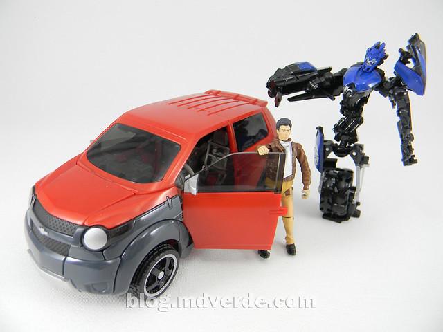sTransformers Mudflap RotF Human Alliance - modo alterno vs Chromia