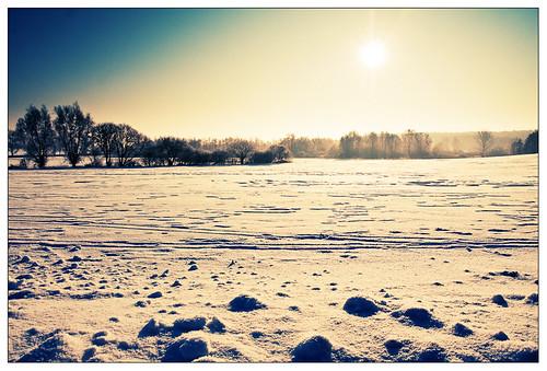 sun vs snow