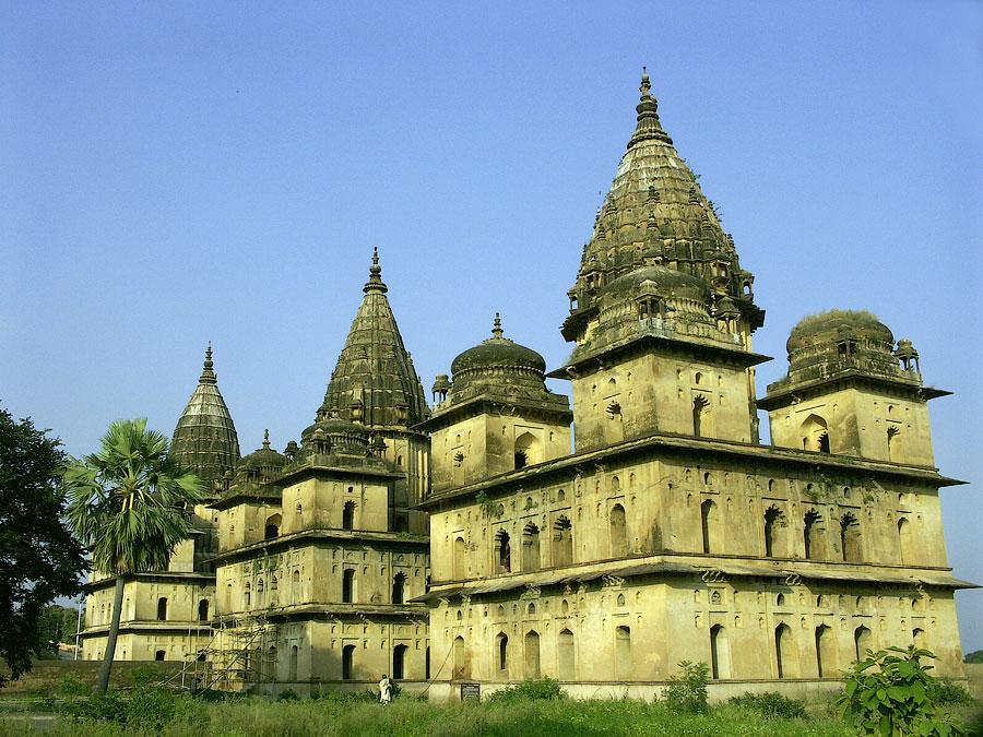 Чхатрис. Орчха, Мадхья Прадеш, Индия © Kartzon Dream - авторские путешествия, авторские туры в Индию, тревел видео, фототуры