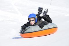 Im Winter macht man Snowtubing im Chiemgau (MEINE HEIMAT [Chiemgau]) Tags: schnee winter lift urlaub familie weihnachtsmarkt kinder berge rodeln silvester wandern weihnacht skifahren alpin romantik gondel langlauf snowtubing chiemgau schlittenfahrt chiemgaueralpen schneeschuh nordisch adventsmarkt bayernslcheln chiemgauerwinter