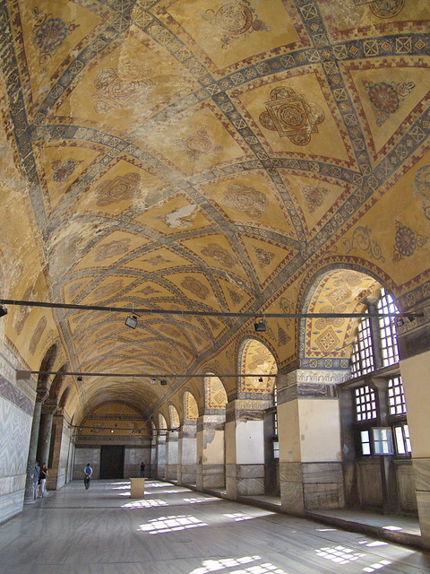 聖索菲亞教堂室內二樓的走道