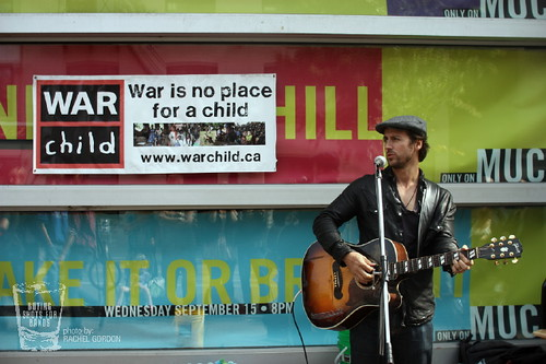 Raine Maida @ Busking for Change 2010, 09-21-10