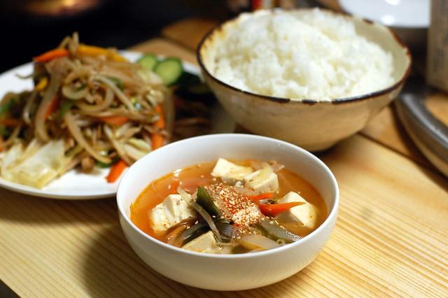 なんとなーくスンドゥブっぽくスープを作ってみました! #gohan