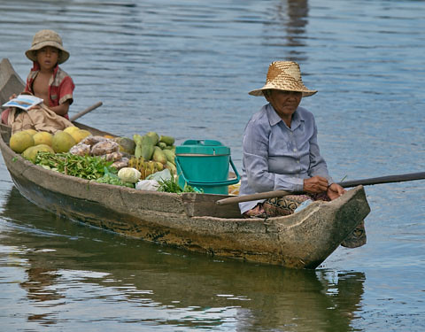 Floating market, Cambodia, photo by Jamie Oliver, 2008