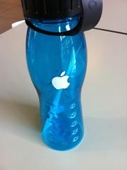 Appleのウォーターボトル