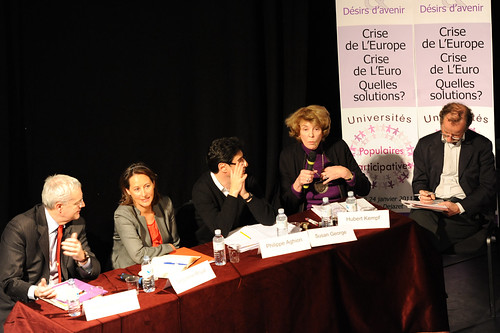 Jean-Louis Bianco, Ségolène Royal, Philippe Aghion, Susan George et Hubert Kempf