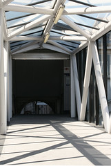 (e_alnak) Tags: city uk roof light urban sun sunlight window lines architecture canon buildings scotland arquitectura bars shadows unitedkingdom shapes sigma aberdeen architektur parallels parallel gomtrie architettura angled geometria geometrie parallelogram orthogonal geometra quadratic quadrate ealnak