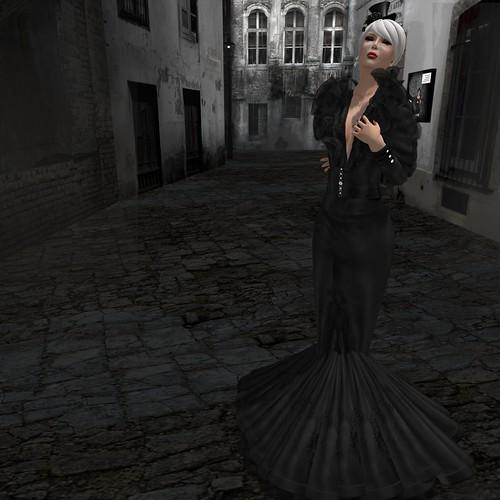 Morea . BONNIE - Black