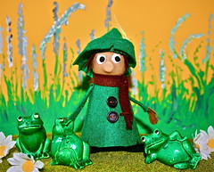 THE ADVENTURES OF SNUFFKIN (Toypincher) Tags: green toy corn hand craft adventure made moomins froggs smuffkin