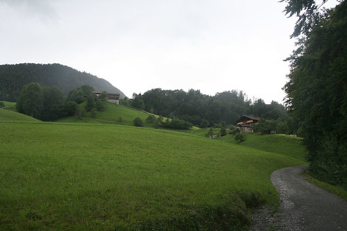 Anstieg und Berghöfe