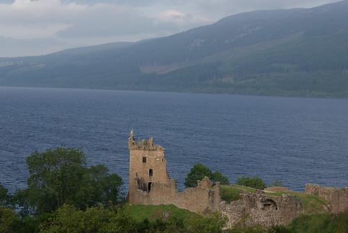 Urquhart Castle by susanvg