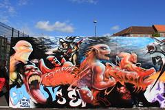 Billede 061 (Paradiso's) Tags: art wall copenhagen graffiti market kunst flea paradiso københavn muur kunstwerk vlooienmarkt plads rommelmarkt valby loppemarked væg artinthemaking kunstevent toftegårds kulturhusvalby