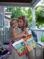 Q5 and C6 hugging on 1st day of school