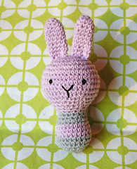 Cascabel/ Rattle (~ tilde ~) Tags: bunny toy conejo crochet amigurumi juguete