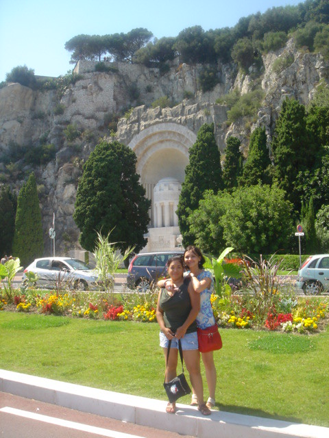 Kate_and_I_in_Nice