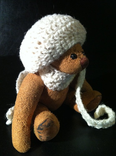 Borromini Bear and Ea's winter outfit 02