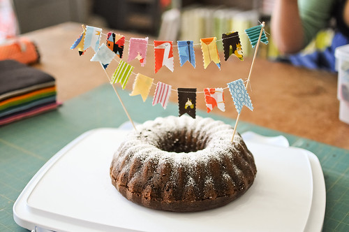 Spice cake with bunting by Andrea