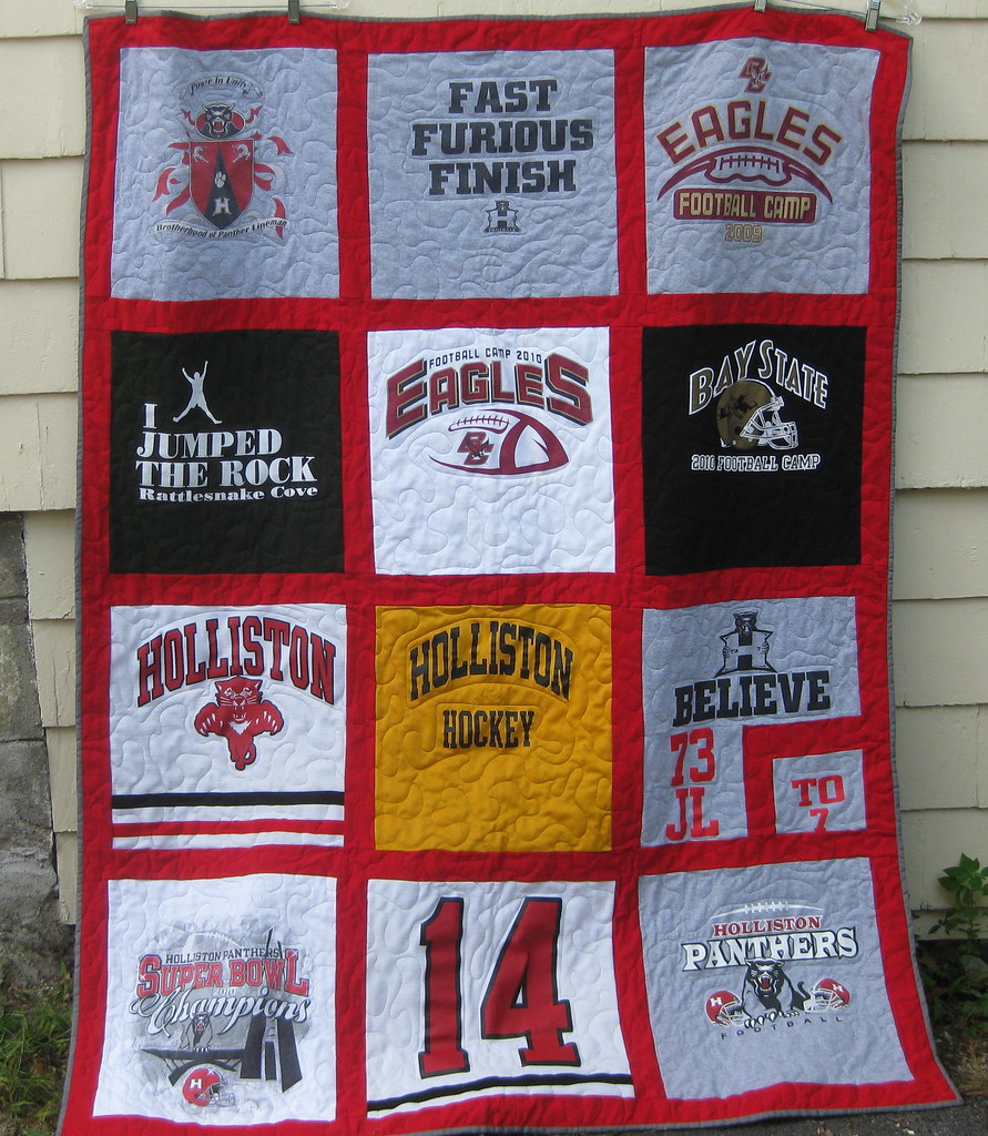 The T-shirt Quilt is complete!