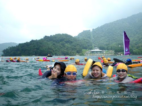 2011泳渡日月潭042.jpg