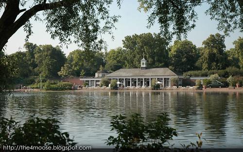 Hyde Park : The Serpentine