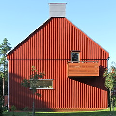 Lvekulle IV (hansn (2 Million Views)) Tags: red architecture modern square europa europe sweden contemporary architect alingss sverige brf arkitektur falurd rd lvekulle squarish arkitekt alingsas glantz bostadsrttsfrening glantzarkitektstudio tenantownerssociety