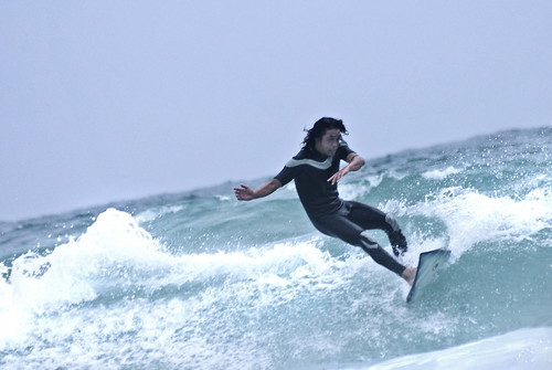Shirahama. on the surf IX