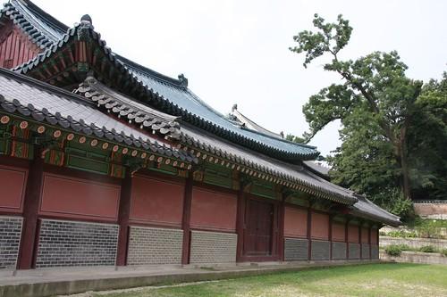 美しい屋根の昌徳宮 / Palace in Seoul