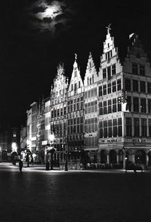 Moon at Anversa [Explored]