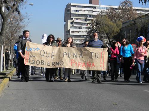 Pancarta barata by Carlos Navarro C.