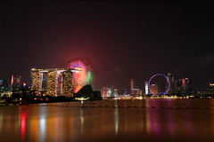 Singapore 46th National Day 2011 (Kenny Teo (zoompict)) Tags: reflection building marina yahoo google fireworks explosion best ndp kenny flyers barrage marinabarrage marinabaysands zoompict singaporelowerpiercereservoir nationaldayparade2011 singaporenationalday2011
