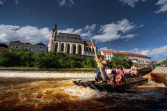 Rafting on the Vltava, Cesky Krumlov (Stevacek) Tags: tourism river boat sigma wideangle tourists rafting boating raft ceskykrumlov 1224mm vltava weir eskkrumlov southbohemia vodk stevacek d700 august2011 vodky