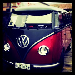 Kombi (fffdesign) Tags: square squareformat iphoneography instagramapp xproii uploaded:by=instagram