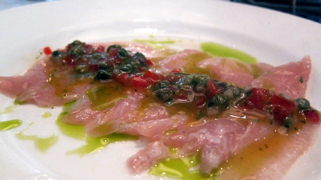 hamachi crudo at cibo e beve