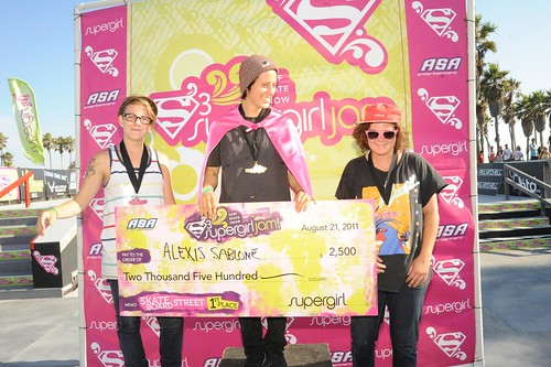 5th Annual Supergirl Jam Contest in Venice Beach 8-21-11