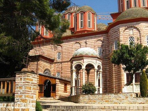 Vista cercana de Monasterio Xenophontos