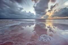entre salinas y nubes (natalia martinez) Tags: azul atardecer mar rojo agua salinas nubes aire sal cumulos nataliamartinez canon7d