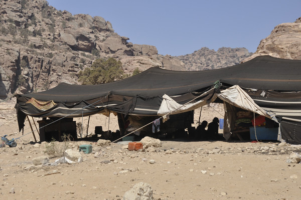 6098628214 7bed800528 z Bedouins of Petra
