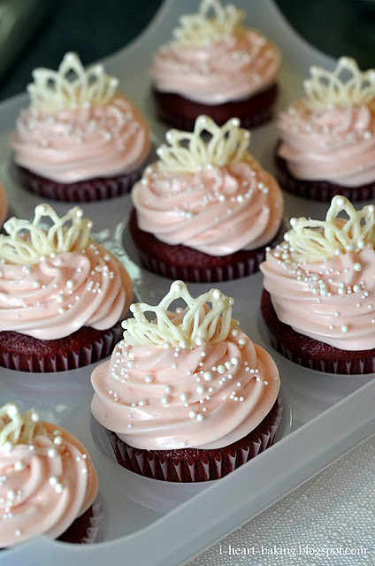 7 Iheartbaking White Chocolate Tiara Cupcake Toppers
