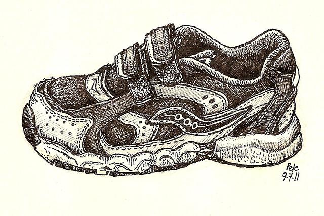17, saucony shoe